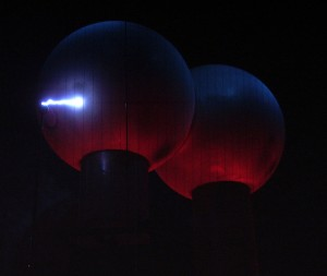 Sparks from the Van De Graff generator!