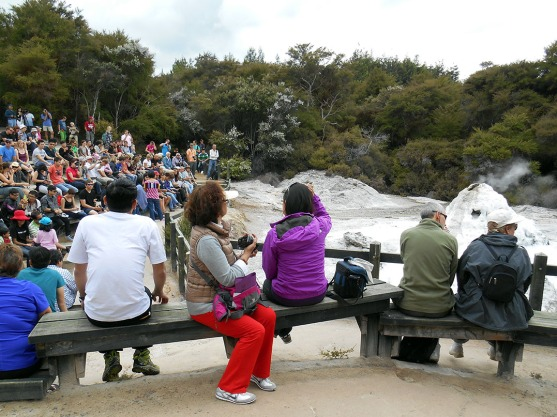 Waiting for the geyser at Wai-O-Tapu park