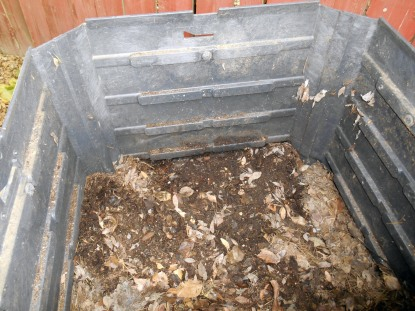 Digging futher revealed a small patch of almost compost
